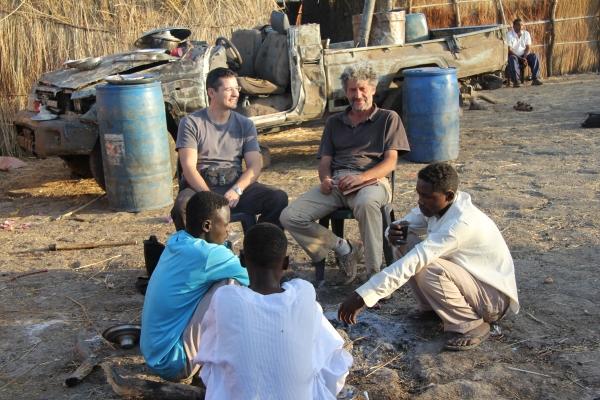 106d-med-iskanjem-prostovoljcev-za-dokumentiranje-vojne-v-modrem-nilu-maj-2012D6962D48-669C-B34D-FB26-0258F684F866.jpg