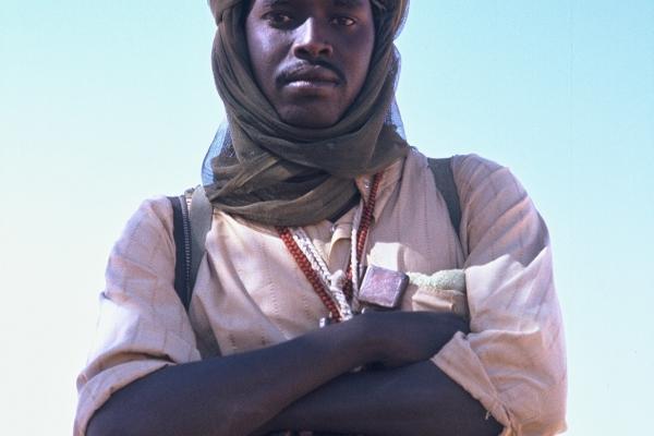 28-nekateri-fantje-v-darfurju-se-prodajajo-za-janicarje-islamisticni-vojaski-hunti-ki-je-z-pucem-prevzela-oblast-pred-30-let-drugi-se-vdinjajo-razlicnim-upornim-skupinamA4F5C2BF-4F0E-484D-CB56-5799697017DA.jpg