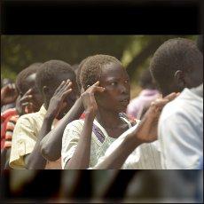 Tudi dijakinje podpirajo SPLA North.