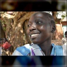 Deklica Kony iz našega kratkega dokumentarnega filma 12. maja letos.