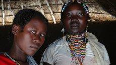 Dekleta v vasi Niaro